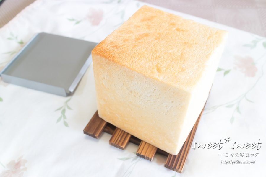 正方形の食パン