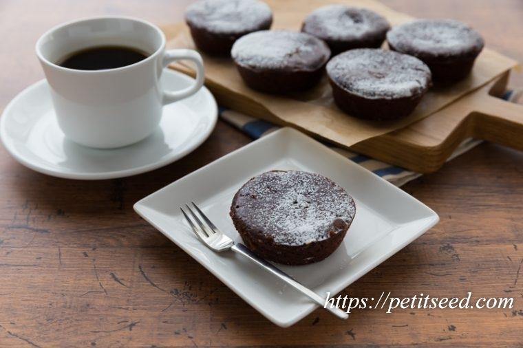 ダークチョコレートケーキ